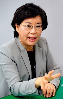 """""""경제민주화는 시대적 과제…내년 서울시장 출마 고심 중"""""""