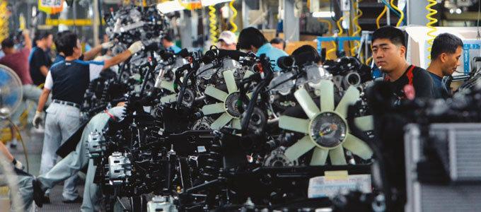 '제조업 30%의 법칙'…저성장 경계경보