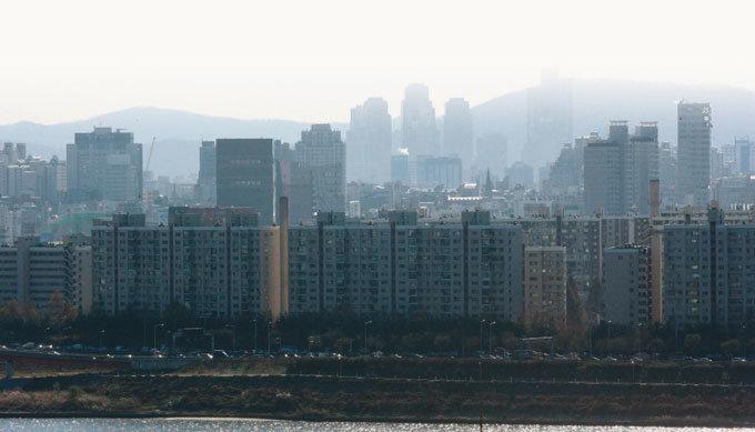 한국 부자들 부동산 선호 여전