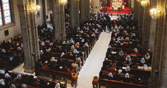 젊은 신자가  안 보이는 한국 성당