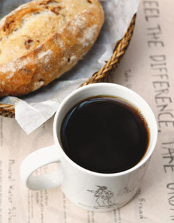 커피 마시면 기억력 좋아져…왜?
