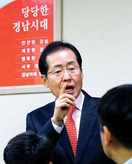 무상급식 중단 홍준표의 승부수 자충수되나?