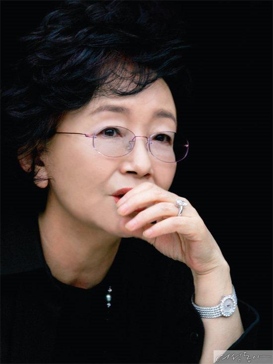 작가 김수현과  '날것'으로 나눈 이야기