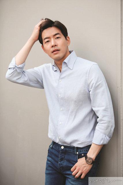 S대 물리학과와 <귓속말>, 연기파 배우의 흔한 프로필  이상윤