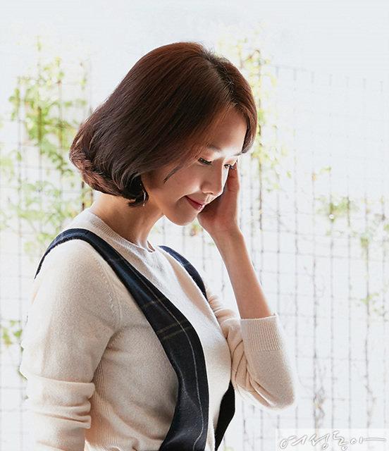 """'왕사' 윤아 """"여성 팬 늘어 기뻐요"""""""