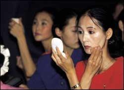 북한 무용수 조명애 열풍&북한 여성들의 화장법