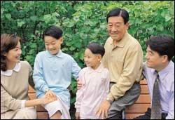 소월 탄생 1백주년 맞아 돌아본 '소월의 아들' 김정호씨 가족의 근황