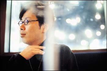 등단 7년만에 산문집 펴낸 작가 김영하