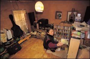 전주 모악산에서 홀로 산 12년 기록 산문집으로 펴낸 박남준 시인