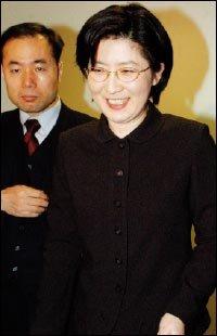 초대 청와대 국민참여수석 된 '여자 노무현' 박주현