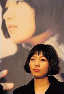 영화 '국화꽃 향기'에서 눈물 연기의 진수 보인 장진영