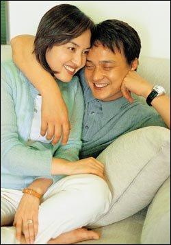 요즘 주부들 사이에서 최고 인기! 조민기·김선진 부부