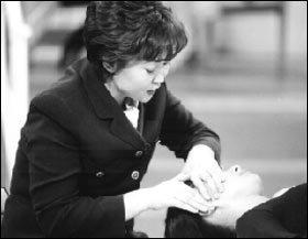 가족 건강 책임지는 경락 자극법