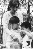 술집 작부에서 시한부 인생 선고 후 장애아들의 어머니로 사는 김금옥