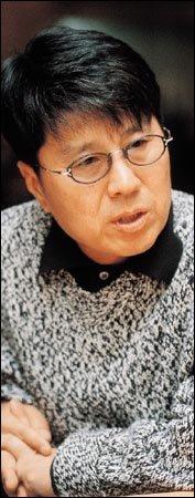 부인 안진현씨의 49제 지낸 조용필 '못다 부른 사부곡'