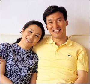 '가출소년' 발언으로 화제 모은 김민석 김자영 부부