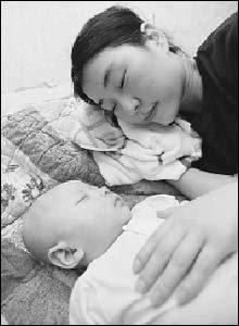 생후 4개월 만에 간암으로 투병중인 윤이네 딱한 사연