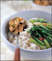 친정엄마의 손맛이 살아있는 열무된장보리밥