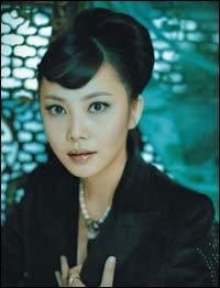 카리스마가 느껴지는 여자, 추상미의 패션 제안 Oriental Inspiration