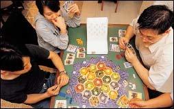 신종 가족놀이로 떠오르고 있는 테이블 보드게임 100배 즐기기