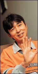 결혼 1주년 앞두고 파경설 휘말린 김국진·이윤성 부부