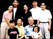 10월에 둘째아들 수연씨 혼사로 경사 맞는 이회창 전 한나라당 총재 부부