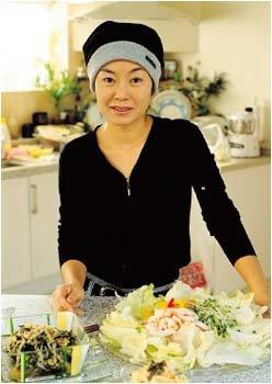 마흔둘에도 20대처럼 상큼하고 날씬한 여자 김청의 생활습관&다이어트 건강식 공개