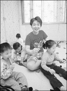 6년째 고아들의 '목욕 엄마'로 봉사하며 가족사랑 더욱 깊어졌다는 윤춘미씨 사연