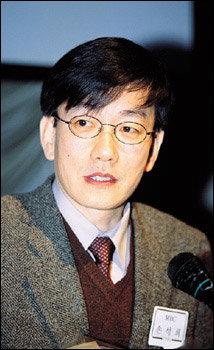 '2003 한국아나운서 대상' 수상자 손석희