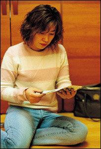 중국에서 탈북자 돕다 체포돼 수감중인 최영훈씨 부인 김봉순씨의 눈물