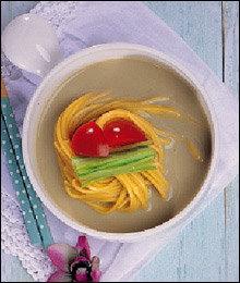가루로 만든 색다른 퓨전 요리