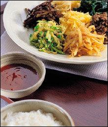 5위 비빔밥|밥-나물-고기, 영양학적으로 균형 잡힌 일품요리