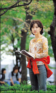 자전소설 '아름다운 지옥' 통해 개인사 털어놓은 작가 권지예