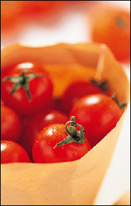 토마토로 예뻐지는 천연 미용법