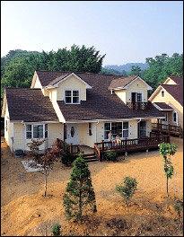 임수현 주부의 로맨틱 섀비식 하우스