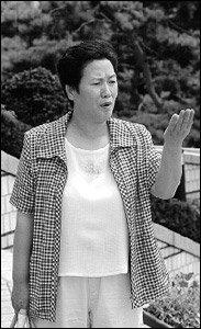 딸 성폭행한 남편 보석으로 풀려난 데 항의, 손가락 잘라 재판부에 보낸 김광례씨 사연