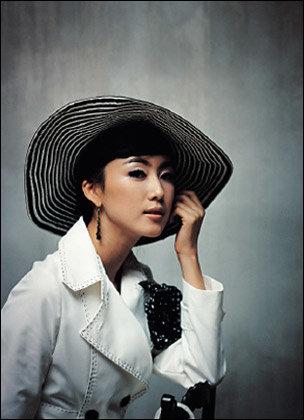 탤런트 홍은희의 패션 제안 Romantic Hepburn Style
