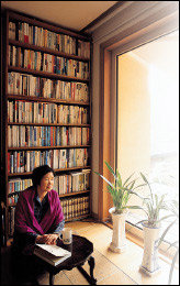 50년대를 배경으로 한 자전소설 '그 남자네 집' 펴낸 소설가 박완서
