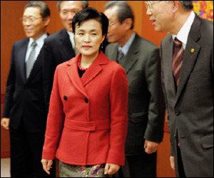 퇴임 5개월여 만에 '여성인권대사'로 임명된 전 법무부장관 강금실
