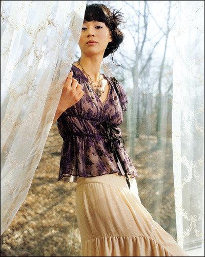 89999d9c858 미리 보는 2005 봄 트렌드. Romantic lace로맨틱의 유행 ...