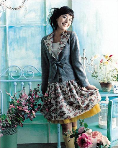 '슬픈연가'의 탤런트 김연주의 패션 제안 Elegant lady look