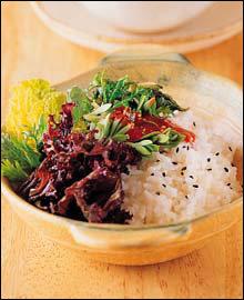 향긋하고 쌉쌀한 식탁 가득 봄기운이 물씬~ 봄나물 요리