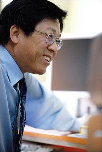 가톨릭의대 박종섭 교수가 상세히 일러준 자궁경부암  조기 진단법 & 치료법