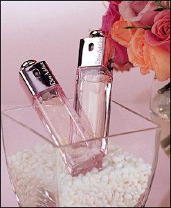 화사한 봄을 닮은 매력적인 향기 Dior Addict 2