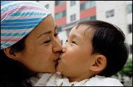 세상 편견 이기고 홀로 아이 키우며 씩씩하게 살아가는 미혼모 고정희