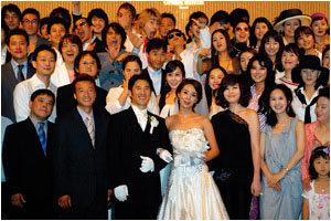 톱스타 총출동해 화제 모은 김원희 결혼식 지상중계