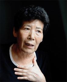25년간 기지촌 '양색시'로 살다 기지촌 운동가로 변신한 김연자
