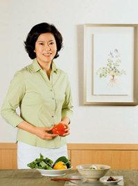 '비타민 교수' 한영실이 알려주는 굶지 않고 살 빼는 칼로리 다이어트