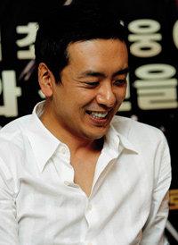 결혼 후 영화 '천군'으로 인기몰이 나선 배우 김승우