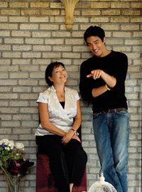 어머니와 함께 한 다니엘 헤니 프라이버시 인터뷰